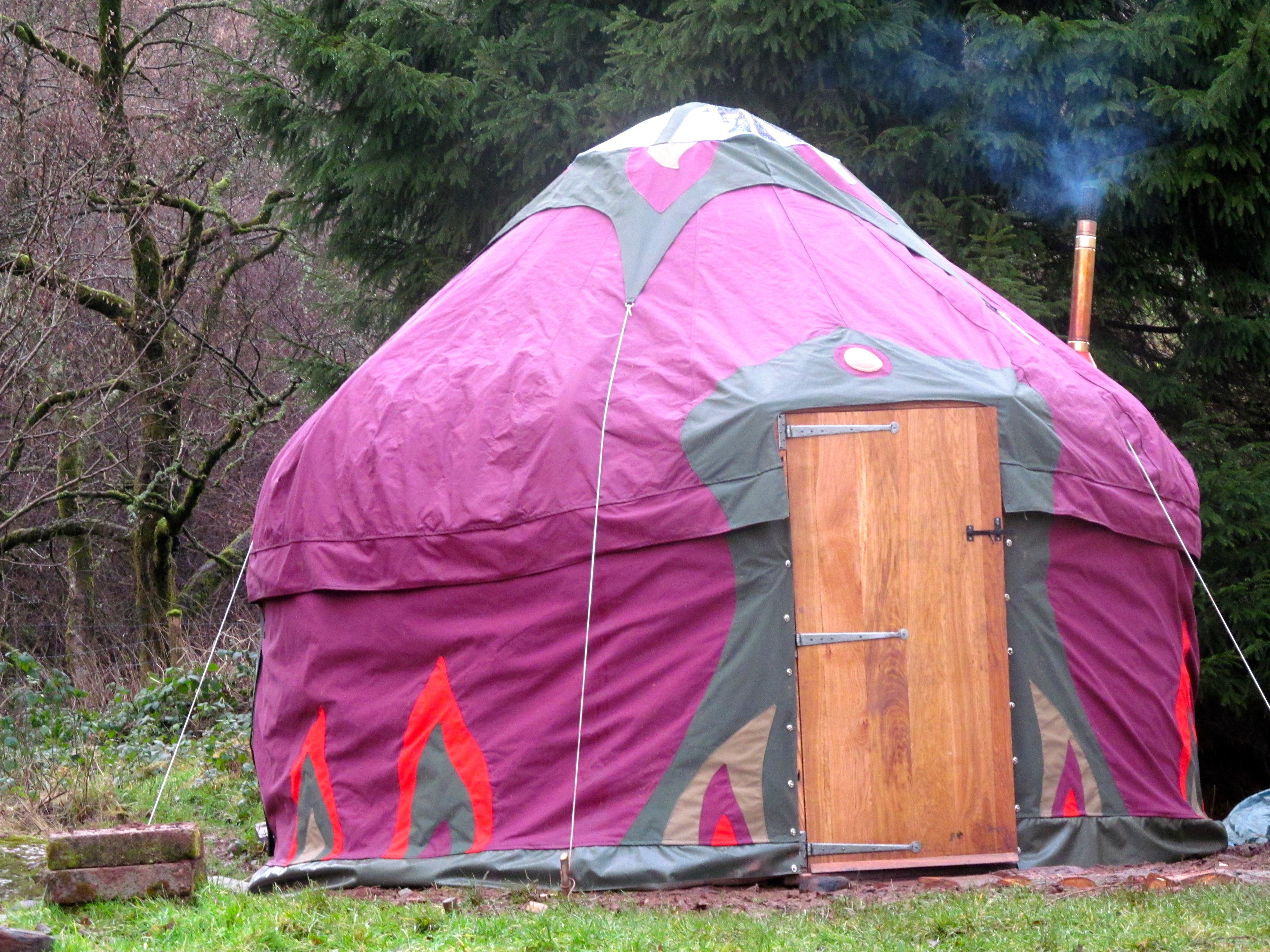 12' Open Fire Afghan Yurt, Wales