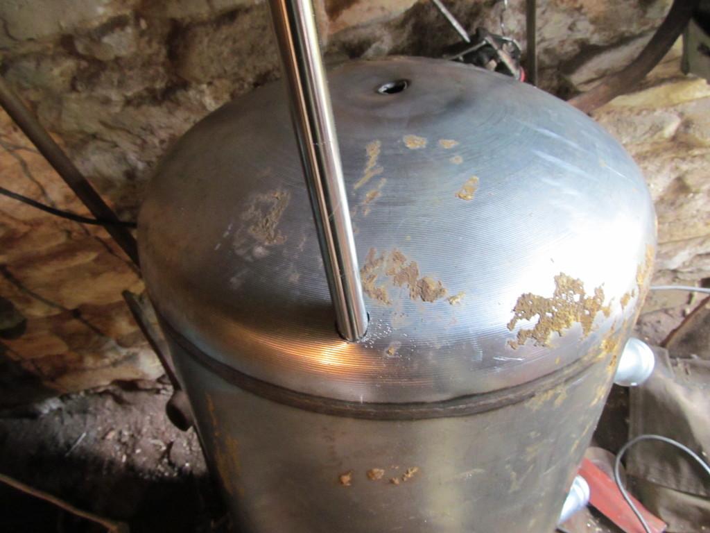 Overland camper water tank