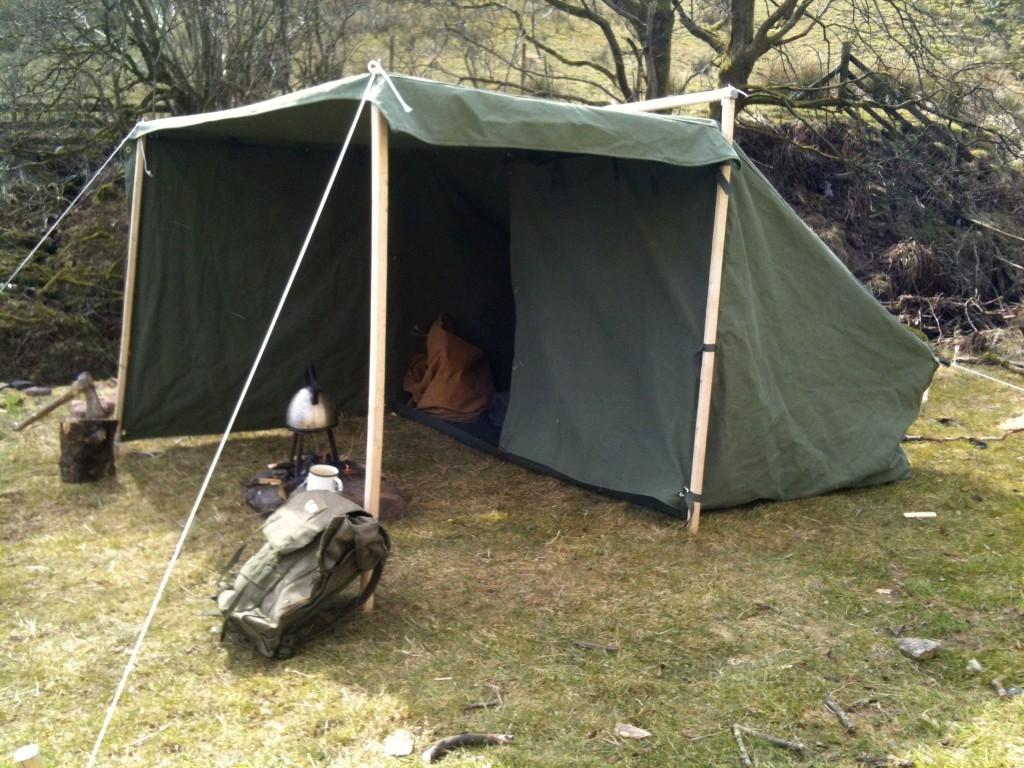 Mini campfire tent